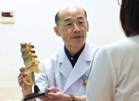 林整形外科 院長 林 浩之 写真